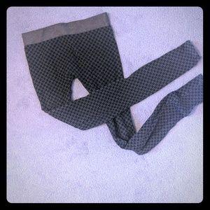 Nikibiki fun/subtle pattern tights/OS/black&tan